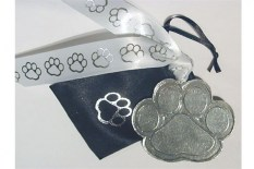 puppy-paws-christmas-ornament-