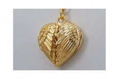 wing---vermeil-locket